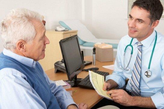 Consulta médica on-line das clínicas para prescrever sua receita e receber seus medicamentos
